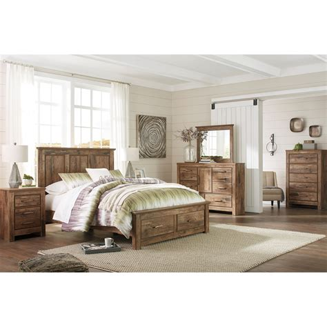 Ashley Signature Design Blaneville Queen Bedroom Group