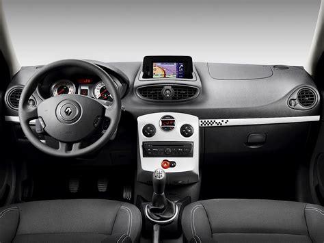 RENAULT Clio 3 Doors specs & photos - 2009, 2010, 2011 ...
