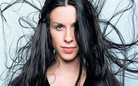 Alanis Morissette's Biography - Age, Height, Weight, Body ...