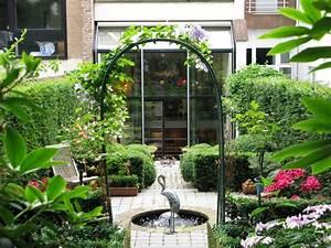 Un Jardin Haute Couture  U00e0 Ixelles