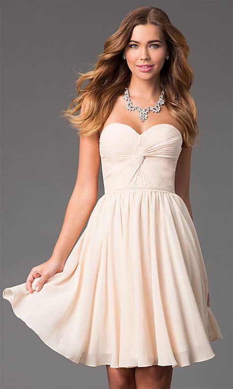 short strapless sweetheart prom dress promgirl