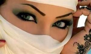 Muslim Girl in Niqab | Muslim Girl | Pinterest | Niqab ...