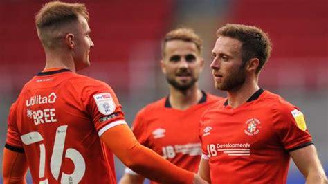 Reading 0-1 Luton Town: Jordan Clark goal sets up Man Utd ...