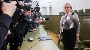 In Den Ruhestand Gehen : oberste richterin in polen will nicht in den ruhestand gehen ~ Lizthompson.info Haus und Dekorationen