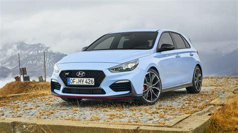 Hyundai i30 N 2018 review: driving Grossglockner High ...