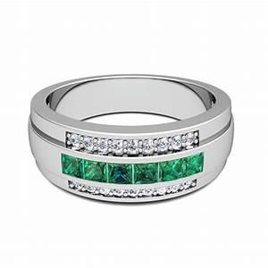 Princess Cut Emerald Diamond Mens Wedding Band Ring In 14k