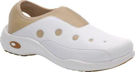 comfortable nursing shoes finding the most comfortable nursing shoes infobarrel