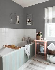 15 salles de bains grises elle decoration for Deco salle de bain grise et blanche