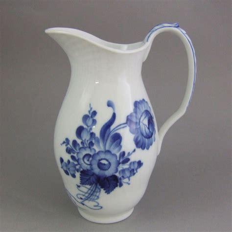 milk pitcher 1259 blue royal copenhagen porcelain blue flowers blaue blume