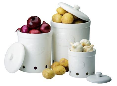 The DRH Collection BIA Ceramic White Garlic Potato Onion