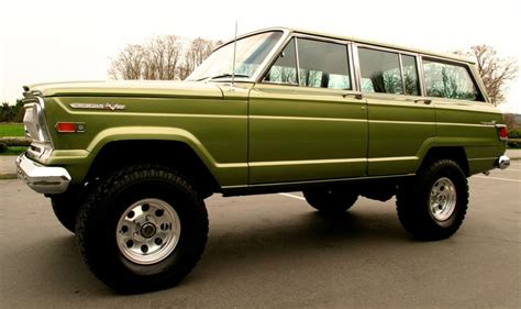 classic jeep wagoneer lifted 1970 jeep wagoneer someday i 39 ll have mine hauling a