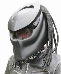 Casque De Moto : 90 casques de moto predator ~ Medecine-chirurgie-esthetiques.com Avis de Voitures