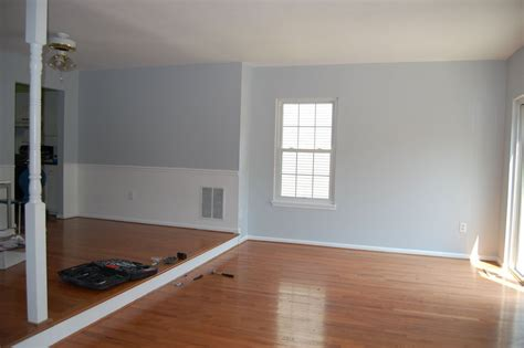 blue gray paint for bedroom sherwin williams color walls living room behr colors light
