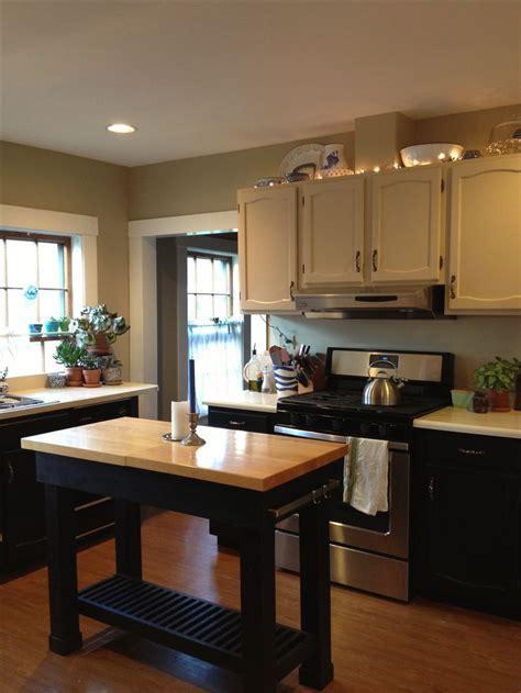 Kitchen walls Benjamin Moore Bennington Gray   Kitchen