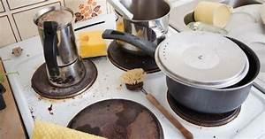 Nettoyer Une Plaque Vitrocéramique : 10 astuces pour nettoyer facilement sa plaque de cuisson ~ Melissatoandfro.com Idées de Décoration