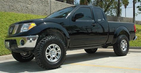 nissan frontier lifted 3 inches cst 4 quot lift 05 frontier 2wd nissan race shop