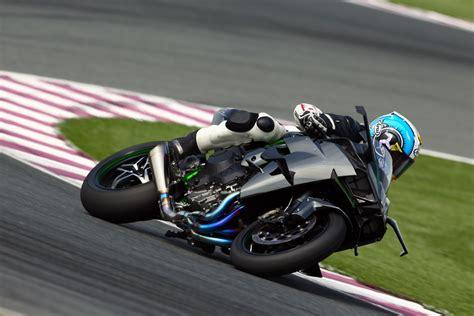 Kawasaki Ninja H2r (2015-on) Review