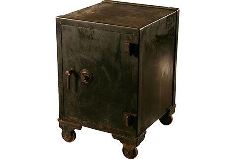 kitchen cabinets maine antique safe 599 00 cajas fuertes cofres y alcancias 3079