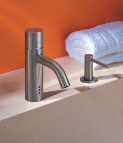 rubinetti vola vola accessori per il bagno e rubinetteria di design