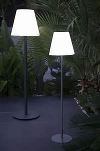 garten im quadrat outdoor stehleuchte standy designer With französischer balkon mit led leuchtkugel garten