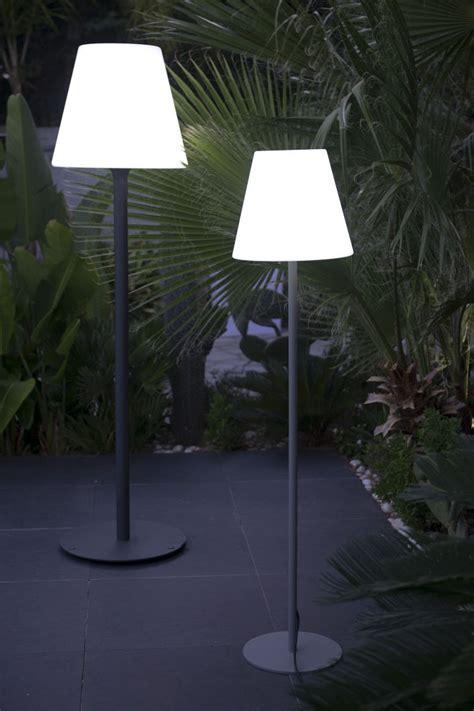 Garten im Quadrat   Outdoor Stehleuchte STANDY, Designer