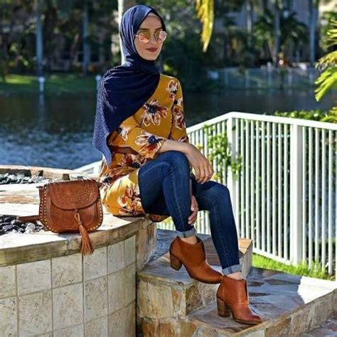 wear ankle boots  hijab  trendy girls