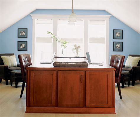 Masterbrand Cabinets Inc Corporate Headquarters by Shaker Style Cabinets In An Office Masterbrand