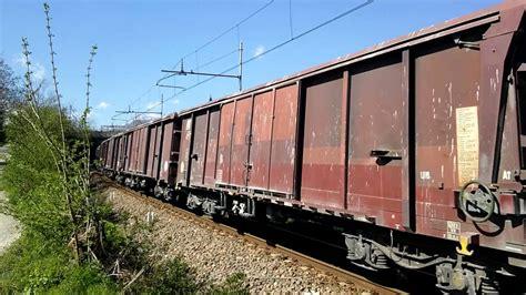 fabbriche piastrelle sassuolo tigre e 652 016 transita con carri merci carichi di silice