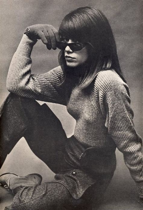 Almost identical to françoise hardy , save this edition has text either side of the vogue logo on the lower rear flap, the linked copy does not. Françoise Hardy #FrancoiseHardy #60s   Francoise hardy ...