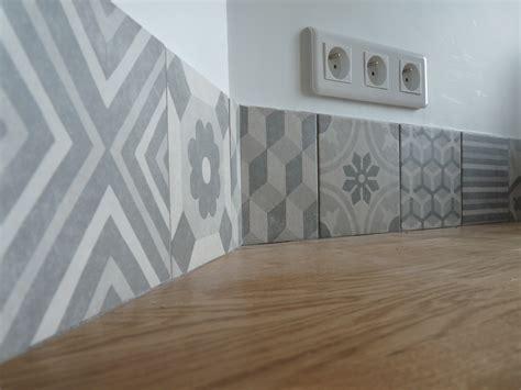 renovation credence cuisine crédence en carreaux de ciment côté bar rénovation