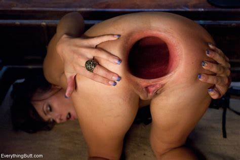 Gaping Erotic Penetrated For A Mat