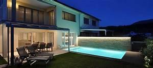 Moderne Häuser Mit Pool : architektur aus einem guss ac schwimmbadtechnik ~ Markanthonyermac.com Haus und Dekorationen