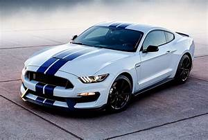 Ford Mustang Generations: 2016 Ford Mustang Shelby GT500 performance, design and style