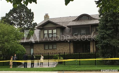 House Of Omaha by Fans Take Photos Of Warren Buffett S House In Omaha