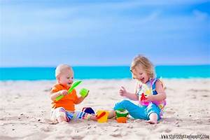 10 must have items for a fun beach day with your kids