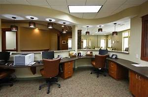 luxurious office interior design with black computer on With interior design commercial office space
