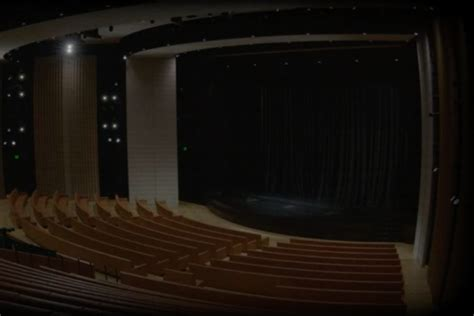 apple starts march 25 event live early showing empty stage at steve theater the