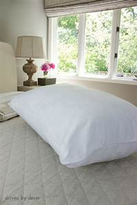 8 simple steps to making the perfect bed driven by decor for Choosing pillows for bed
