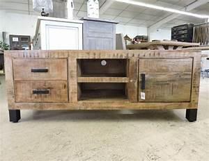 Meuble Tv Pied Metal : meubles tv et tables de salon ~ Teatrodelosmanantiales.com Idées de Décoration