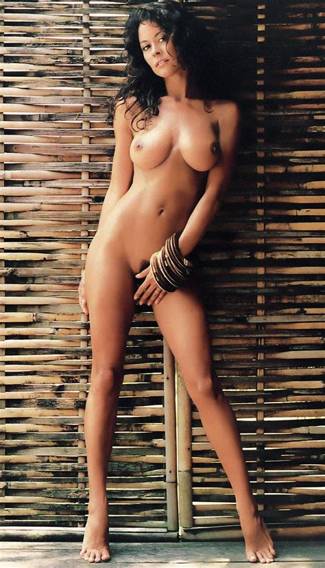 Brooke Burke Nude Pics Videos That You Must See In