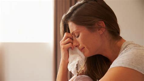 symptoms  postpartum depression