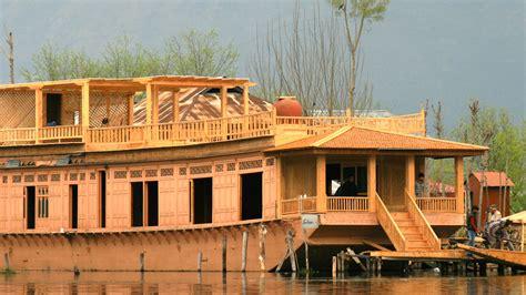 Houseboat Dal Lake by Sukoon Houseboat Dal Lake Hotel Greaves India