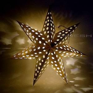 Papierstern Mit Beleuchtung : weihnachtsdorf mit beleuchtung holz kirche dorf stadt ~ Watch28wear.com Haus und Dekorationen