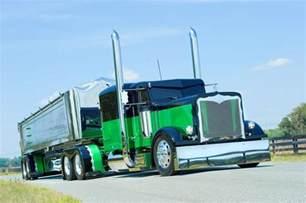 Custom 379 PETERBILT Show Trucks