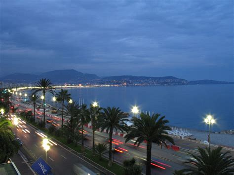 Night lights in Nice, France wallpapers and images ...
