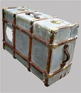 Valise En Bois : belle et grande valise malle ancienne avec renforts en bois ~ Teatrodelosmanantiales.com Idées de Décoration