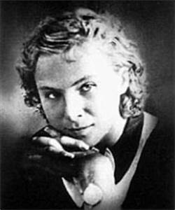 "Amelia Earhart vs. Lilia Litvyak - Only one is the ""Real ..."
