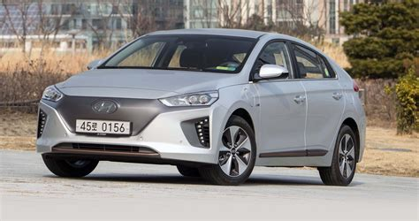 2017 hyundai ioniq review photos caradvice