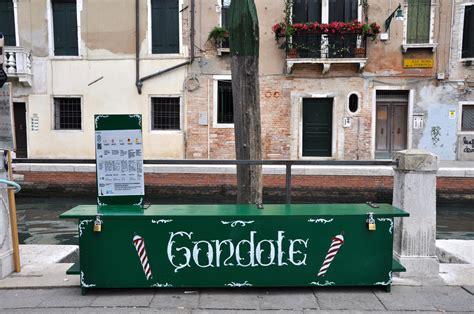 was kostet eine gondelfahrt in venedig venezia veniceland