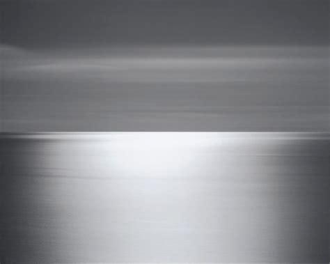 hiroshi sugimotos seascapes measuring time